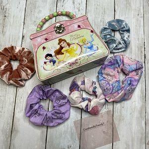 Disney Princess purse and 5 scrunchie set